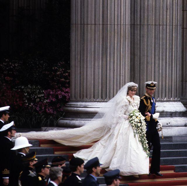 princess diana s wedding dress all the details about princess diana s wedding dress princess diana s wedding dress all