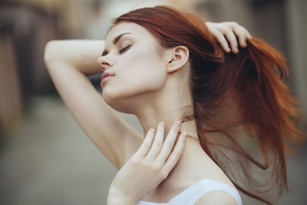 The Dermatologist-Approved Guide for Safely Removing Skin Tags