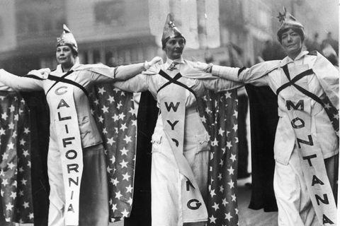 Women dressed representing California Wyoming and Montana