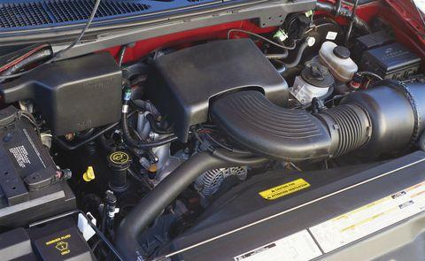 Land vehicle, Vehicle, Car, Engine, Auto part, Hood, Automotive exterior, Automotive engine part,