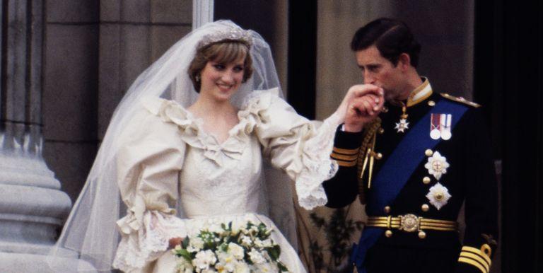 Matrimonio Harry E Megan : Matrimonio harry e meghan ricerche sull abito da sposa