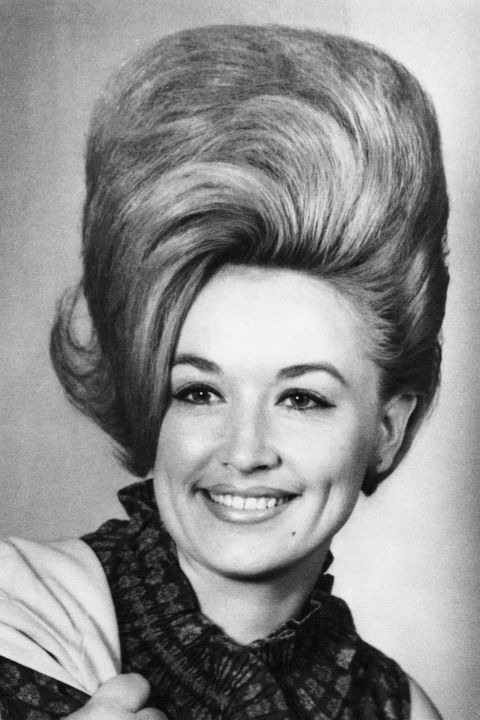 Hair, Face, Hairstyle, Eyebrow, Chin, Forehead, Retro style, Lip, Portrait, Smile,