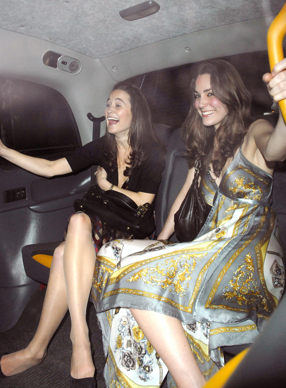 Как одевались Кейт Миддлтон и Меган Маркл до входа в королевскую семью