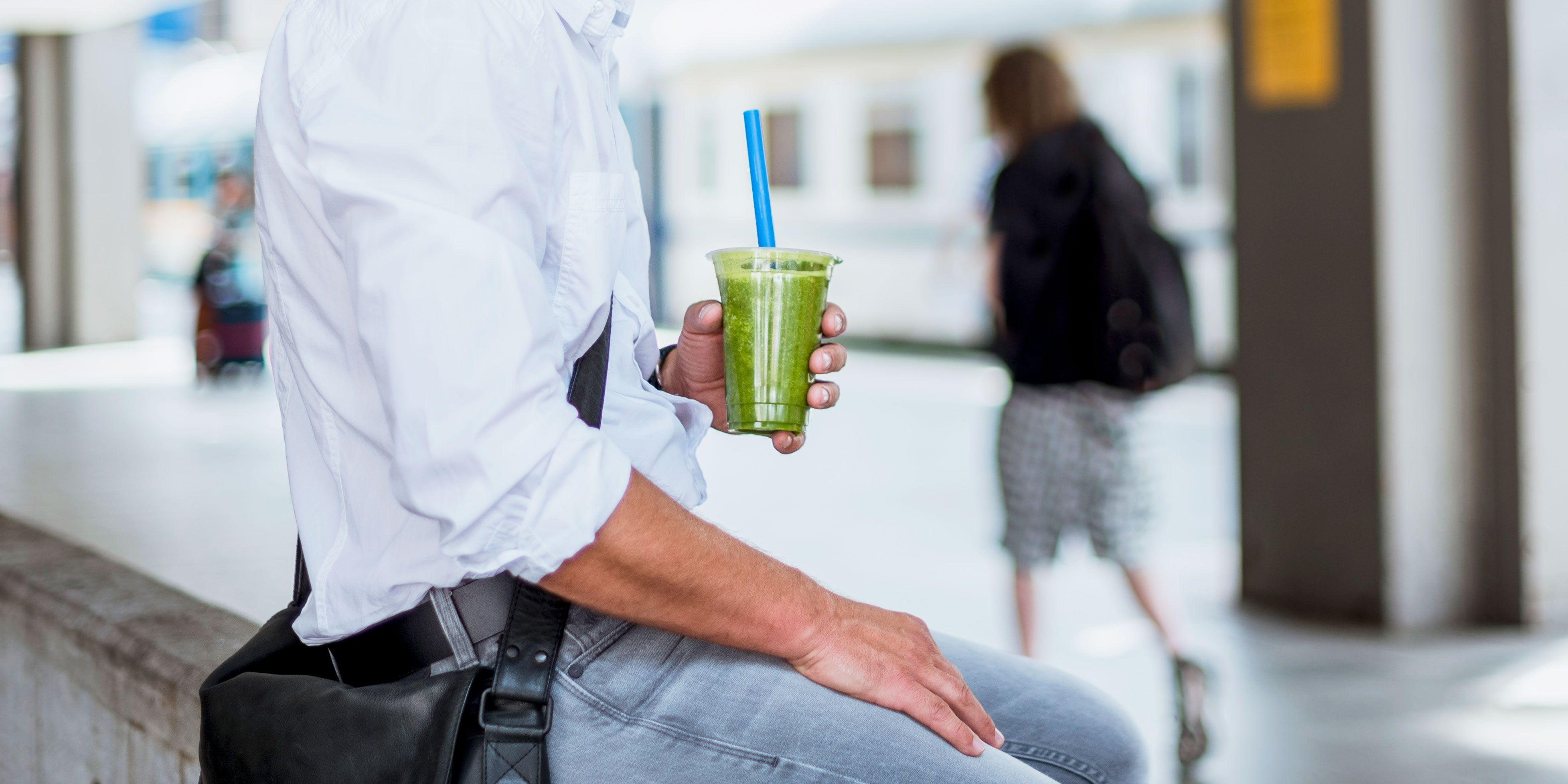 Juicing for Weight Loss: What Experts