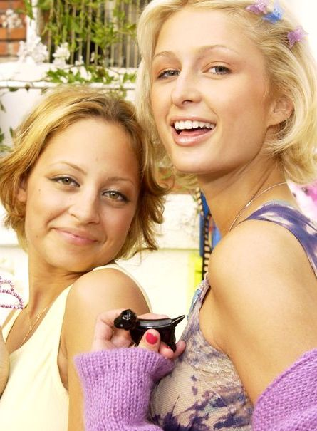 Facial expression, Fun, Blond, Smile, Happy, Friendship, Child, Photography, Finger, Vacation,