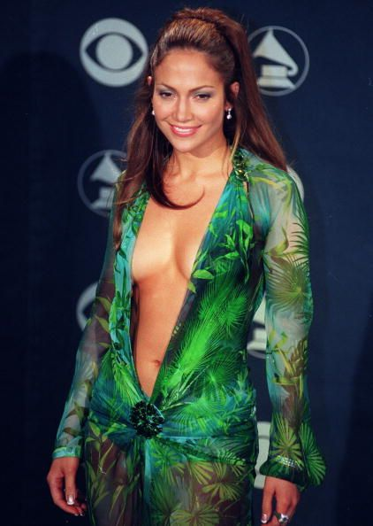 jennifer lopez at the 42nd grammy awards at the staples center on feb 23, 2000 in los angeles, calif photo by kirby leewireimage