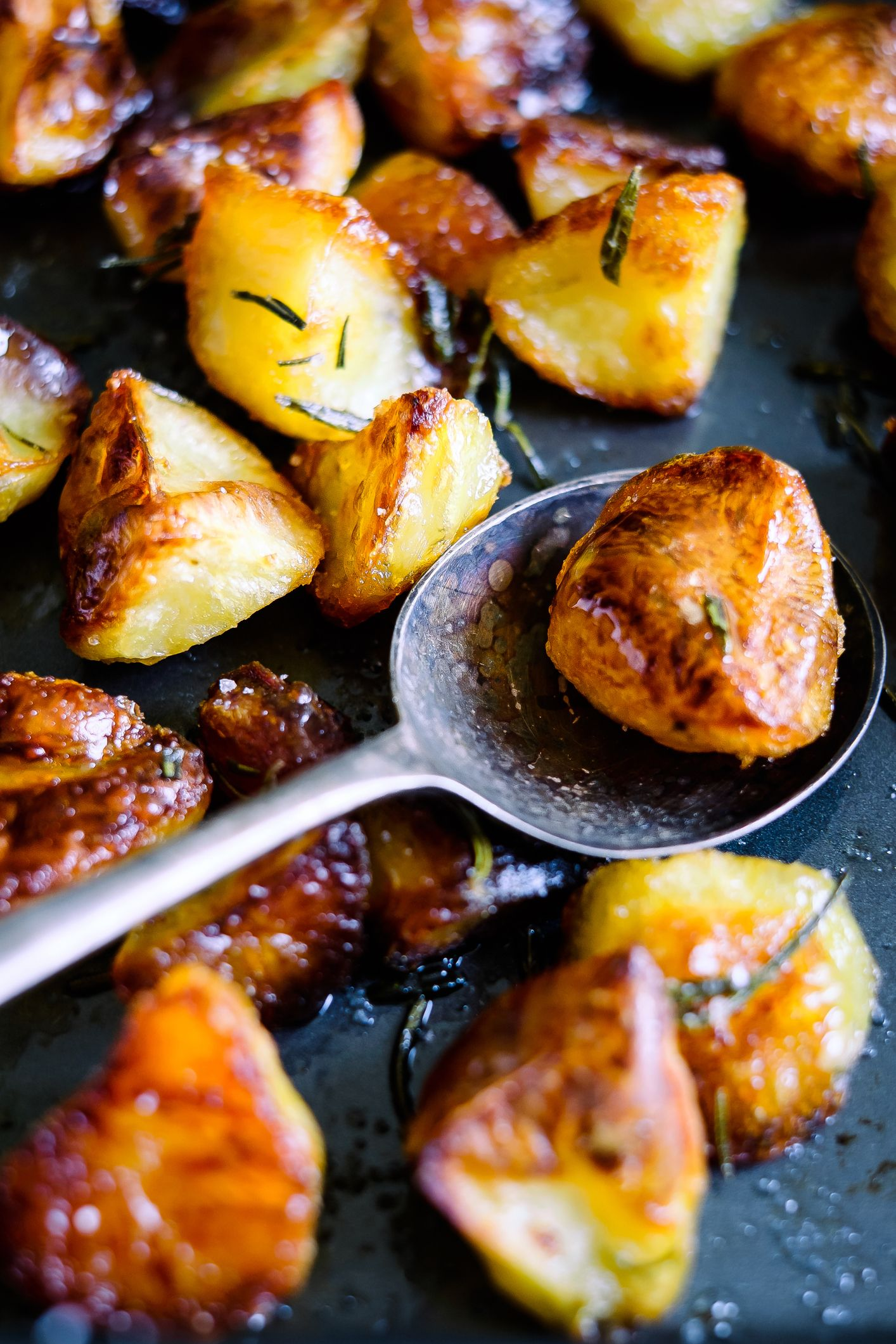 The Trick To Cooking The Perfect Roast Potatoes Every  Single  Time 