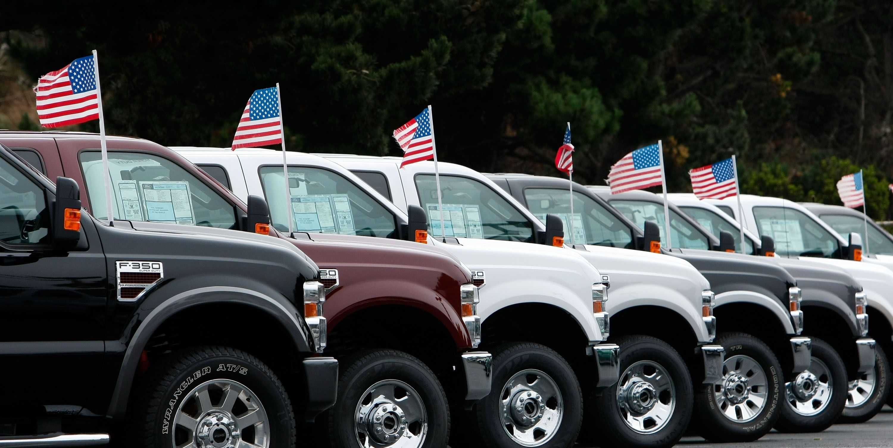 Ford Wants Government to Sponsor Cash-for-Clunkers-Type Program