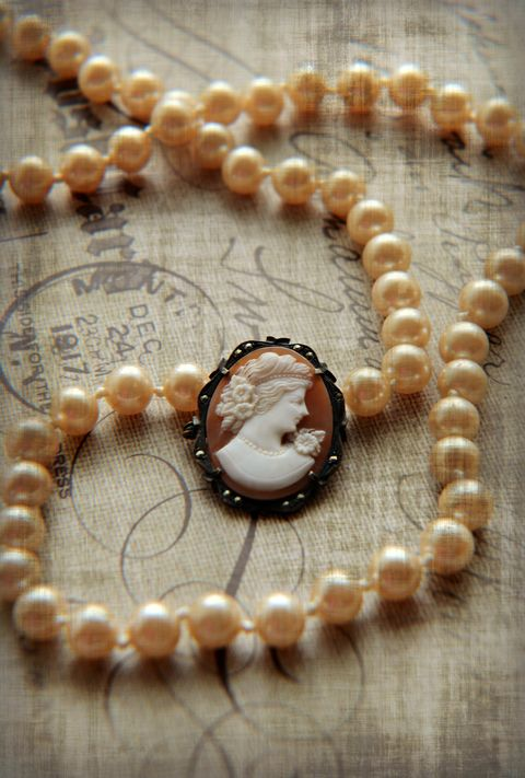 Jewellery, Fashion accessory, Pearl, Religious item, Body jewelry, Bead, Necklace, Jewelry making, Artifact, Gemstone,