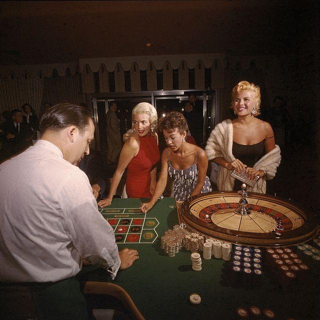 Casino, Fun, Games, Table, Recreation, Event, Leisure, Gambling,