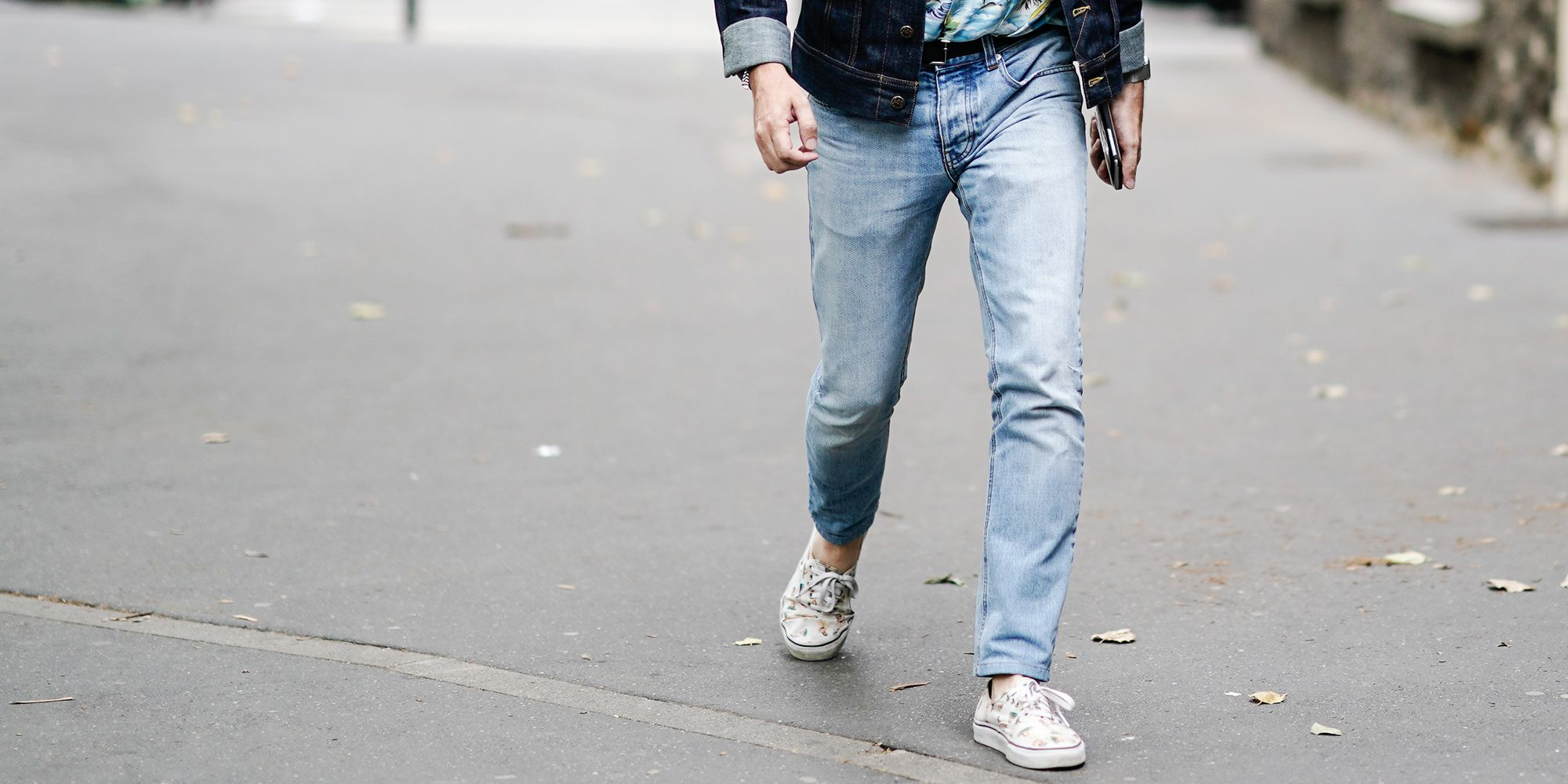 0d00290d720 Light Wash Jeans Are Summer s Most Easygoing Essential