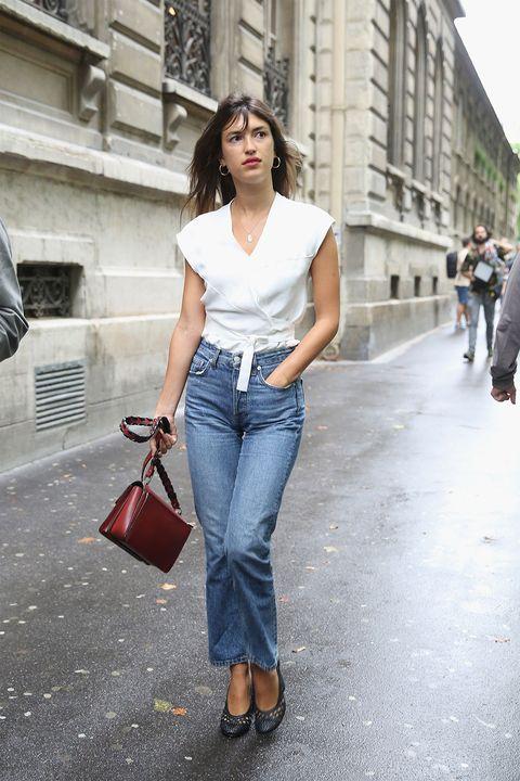 Jeans, Clothing, Denim, White, Street fashion, Shoulder, Waist, Fashion, Snapshot, Footwear,