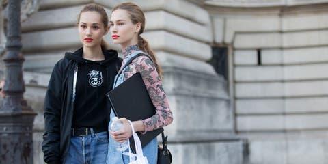 Clothing, Street fashion, Shoulder, Photograph, Jeans, Plaid, Fashion, Snapshot, Joint, Waist,