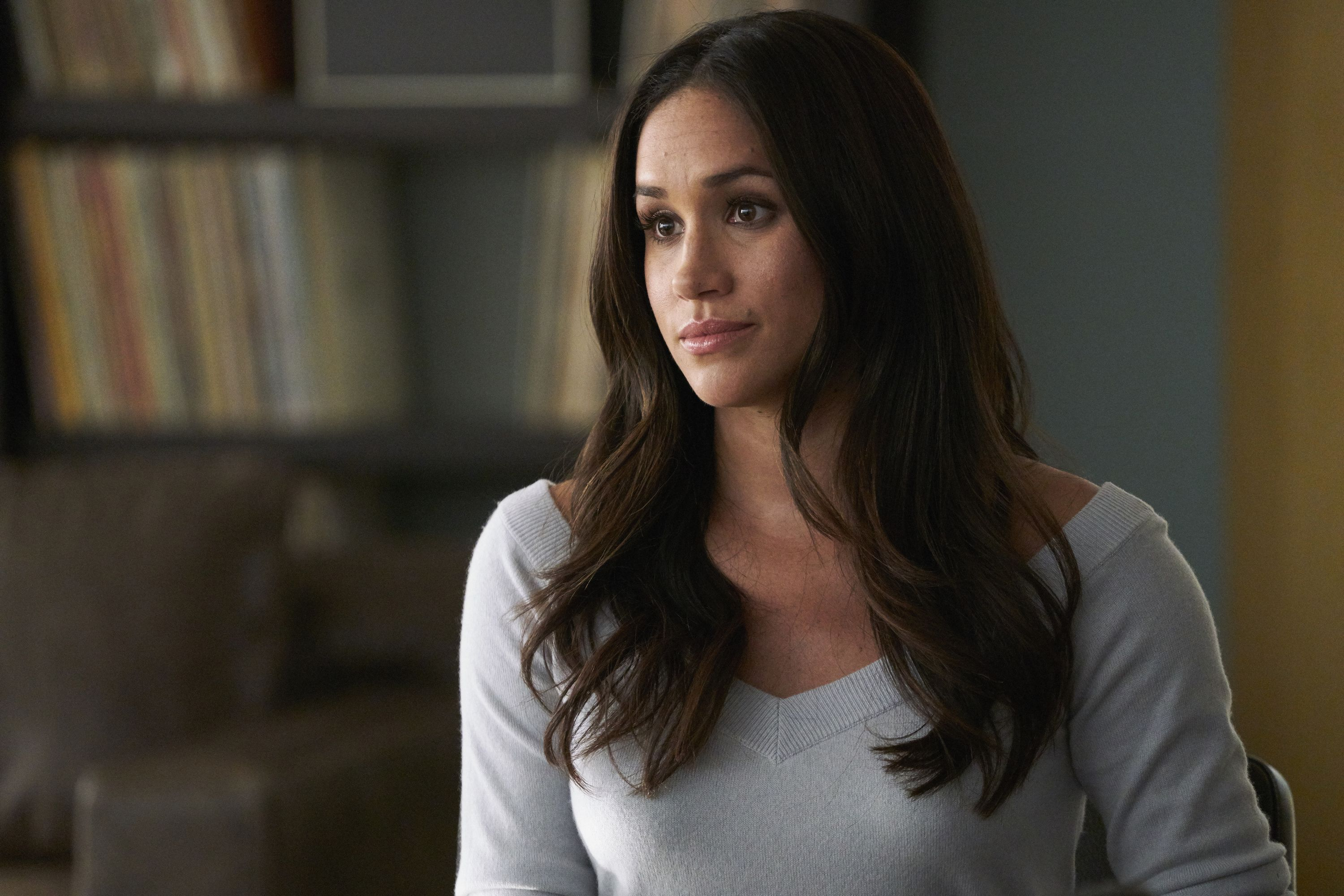suits episode airs joke about meghan markle suits episode airs joke about meghan
