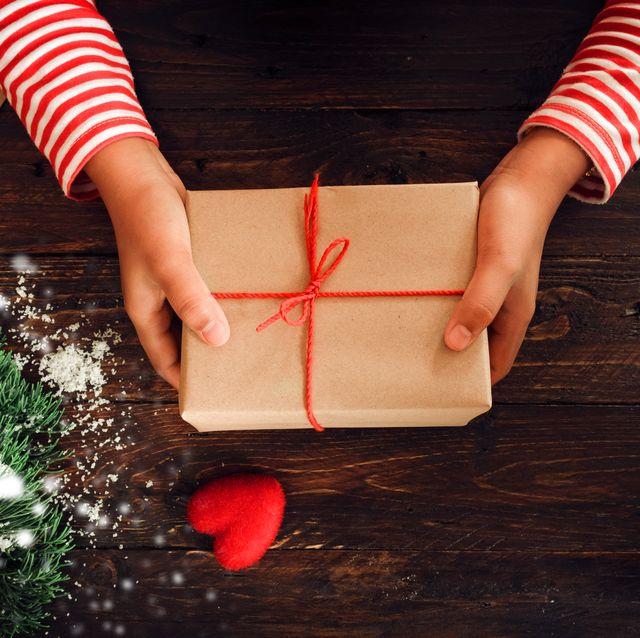 Idee Di Regali Di Natale.50 Regali Solidali Per Natale 2019
