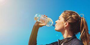 mujer, bebe, agua, sol, verano