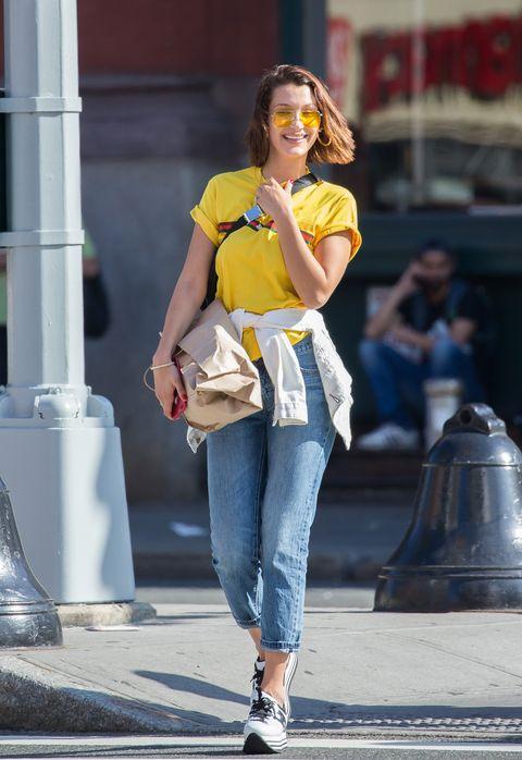 Street fashion, Clothing, Jeans, Yellow, Fashion, Denim, Beauty, Footwear, Snapshot, Shoulder,