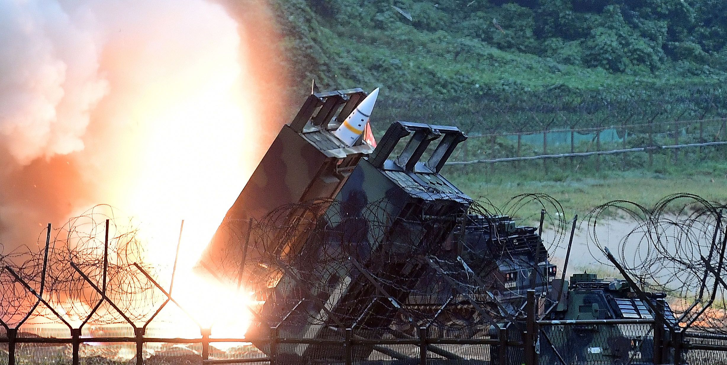 The U.S. Army's Newest Missile Fires As Far As Treaties Allow (popularmechanics.com)