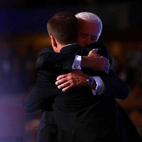 joe and beau biden hugging