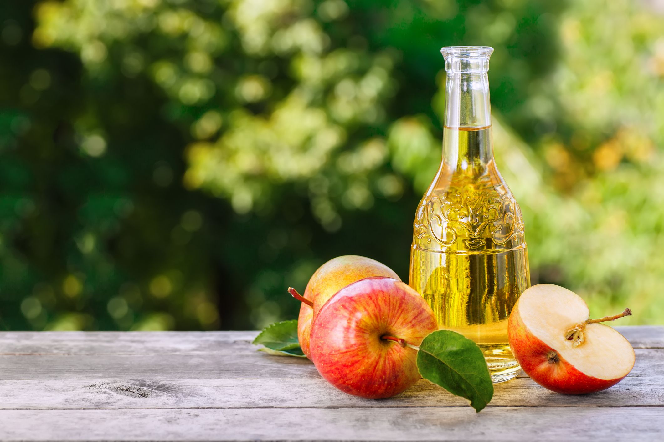 Can adding apple cider vinegar to your diet really help you lose weight?