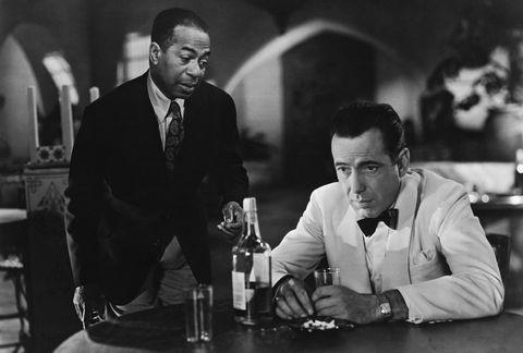 Photograph, Black-and-white, Monochrome, Film noir, Monochrome photography, Photography, Suit, Sitting, White-collar worker, Conversation,