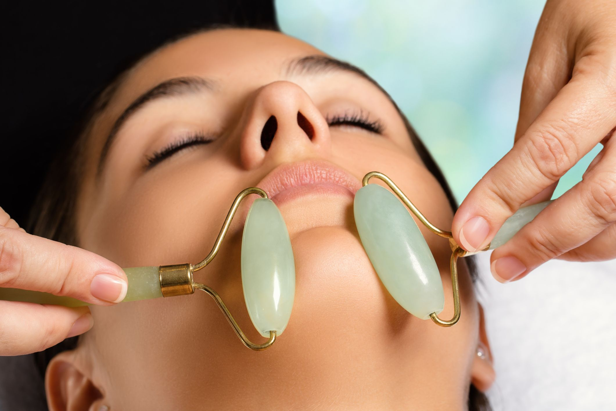 Jade Face Roller Review - What Does a Jade Roller Do and