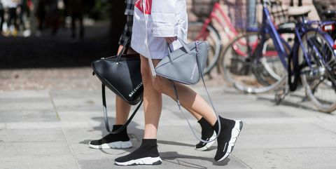 60da70585fe2 The Triangular It-Bag Every Street Style Star is Carrying