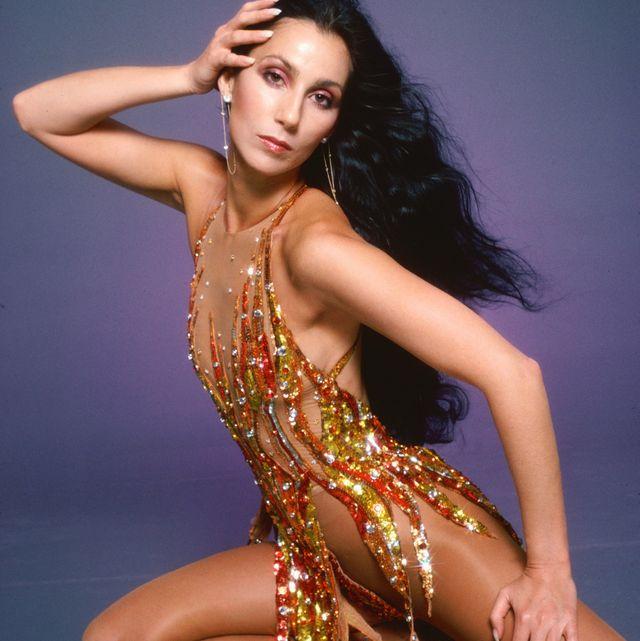 Fashion model, Photo shoot, Dancer, Beauty, Thigh, Leg, Model, Human leg, Long hair, Shoulder,