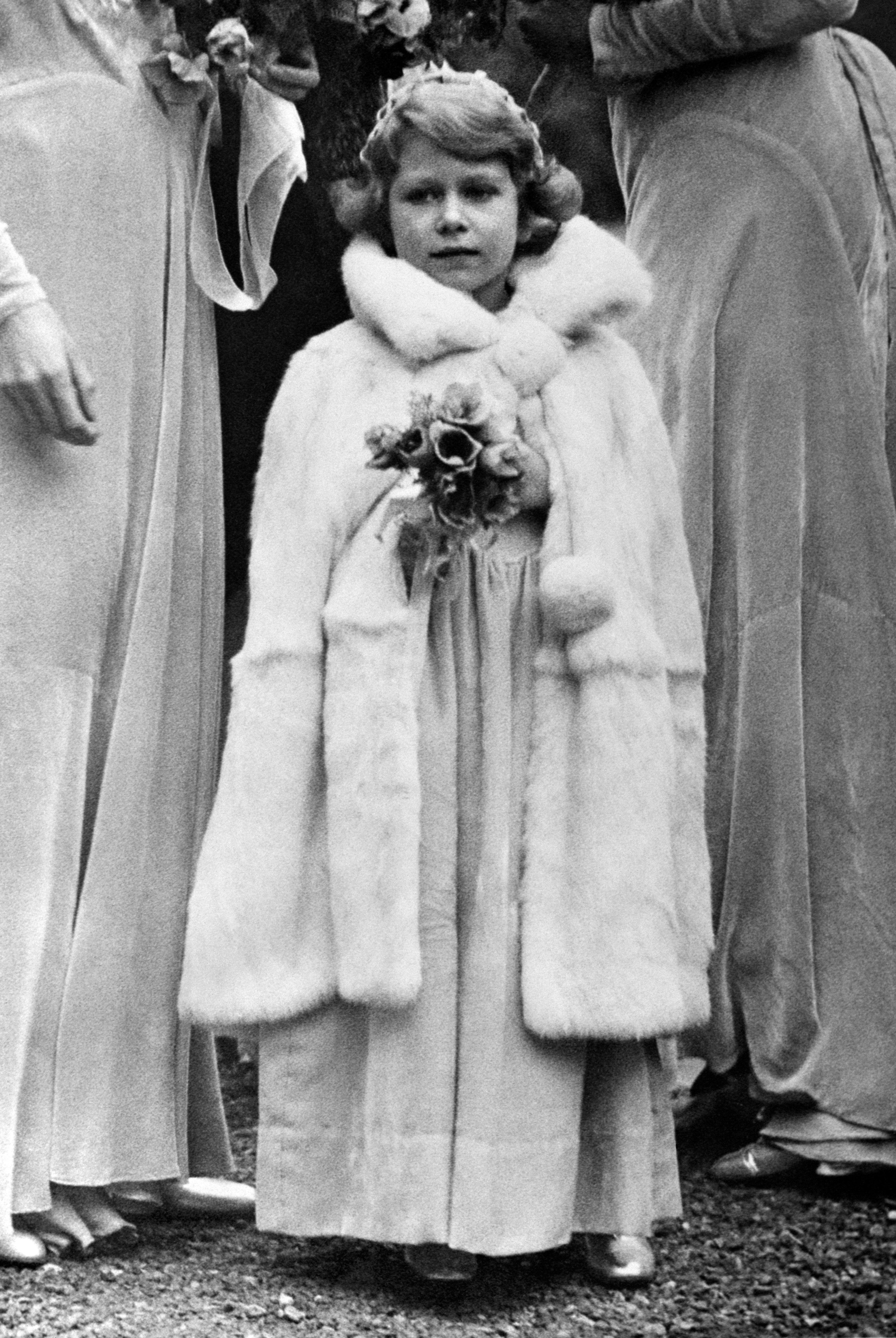女王 頃 エリザベス 若い