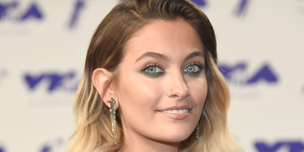Paris Jackson Wore a Naked Dress Over Boxers to the 2017 VMAs