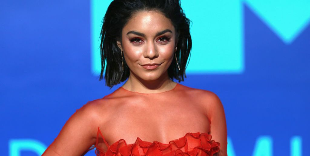 is-vanessa-hudgens-verloofd