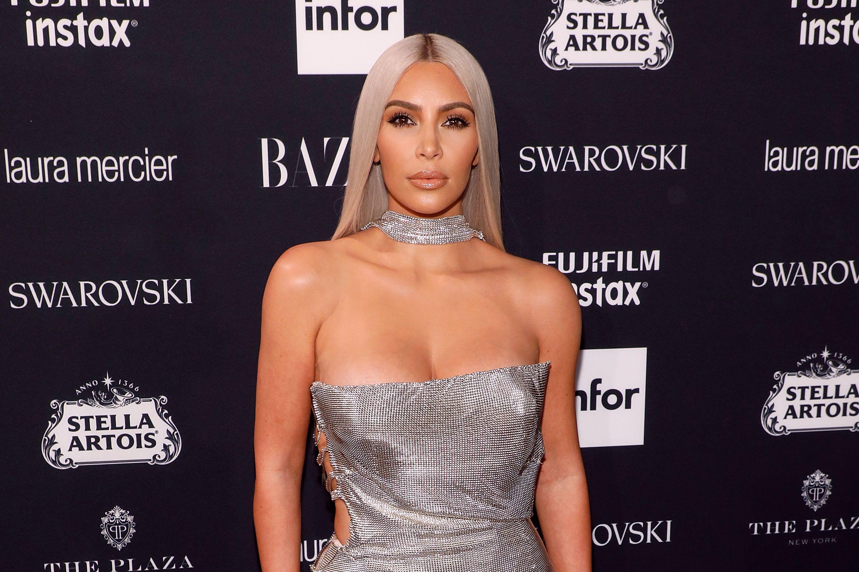 Kim Kardashian Grey Silver Hair How To West S Gray Hairstyle