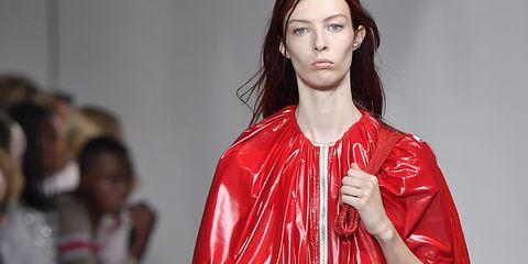 Fashion model, Fashion show, Runway, Fashion, Clothing, Fashion design, Shoulder, Public event, Footwear, Outerwear,