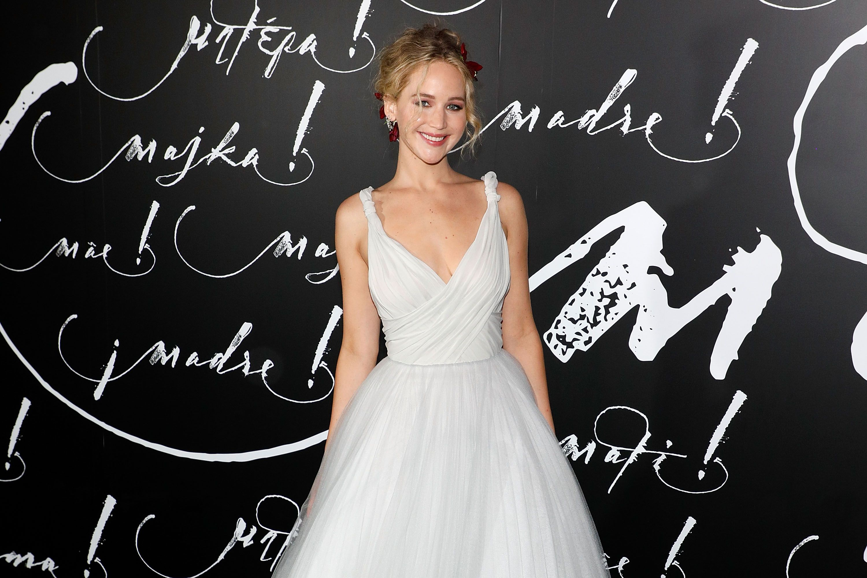 Jennifer Lawrence's Bridesmaid Dress: See It AND Shop It forecasting