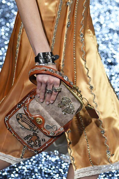 Clothing, Fashion, Brown, Beige, Leather, Handbag, Outerwear, Street fashion, Bag, Fashion accessory,