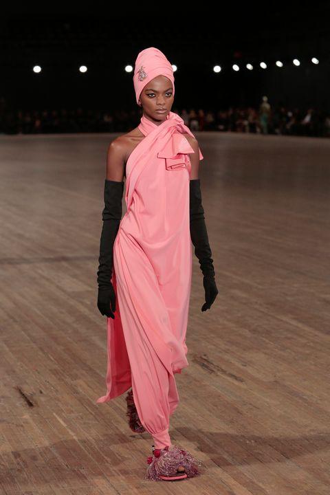 Pink, Fashion, Human, Performance, Event, Fashion design, Fashion show, Performance art, Dance, Runway,
