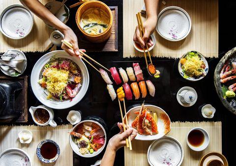Sushi facile! Guida utile per fare il sushi a casa, passo dopo passo, ricetta dopo ricetta, maki dopo maki