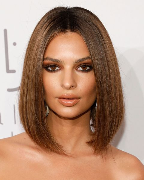 Hair, Face, Eyebrow, Hairstyle, Chin, Forehead, Beauty, Lip, Layered hair, Shoulder,