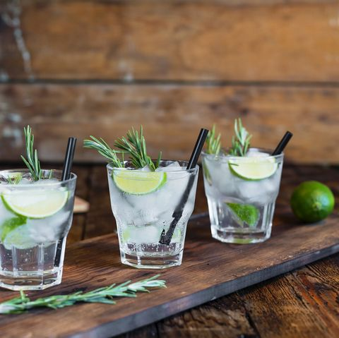 Mojito, Drink, Caipirinha, Cocktail garnish, Lemonsoda, Limeade, Non-alcoholic beverage, Key lime, Lime, Alcoholic beverage,