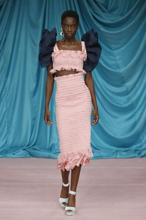 Fashion model, Fashion show, Fashion, Clothing, Shoulder, Runway, Dress, Fashion design, Skin, Beauty,