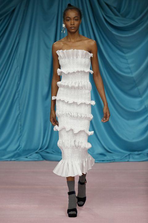 Fashion model, Fashion show, Fashion, Clothing, Shoulder, Dress, Runway, Blue, Fashion design, Haute couture,