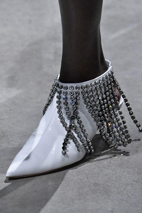 Footwear, Ankle, Fashion, Shoe, Joint, High heels, Fashion accessory, Anklet, Jewellery, Leg,