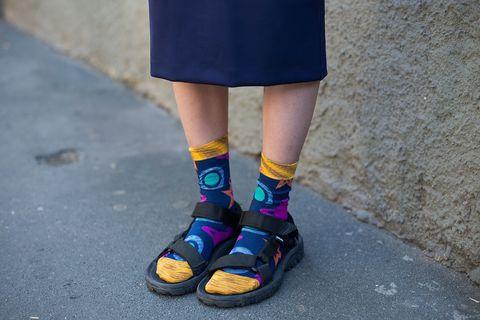 87682440715 De Teva-sandaal is de zomerse variant van de ugly-schoen.