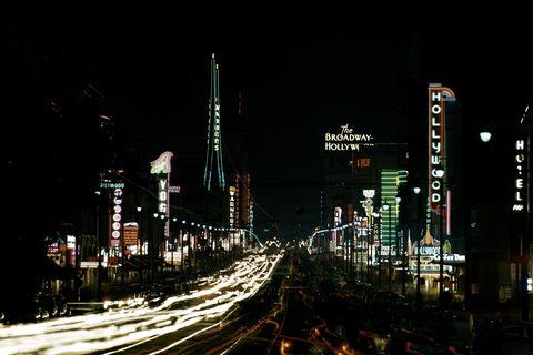 Metropolitan area, Metropolis, Night, Cityscape, City, Urban area, Human settlement, Landmark, Skyline, Light,