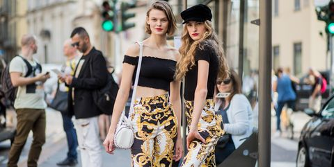 a100ba142da7 The Best Street Style from Milan Fashion Week - Street Style at the ...
