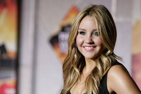 Hair, Face, Blond, Beauty, Hairstyle, Smile, Lip, Yellow, Long hair, Brown hair,