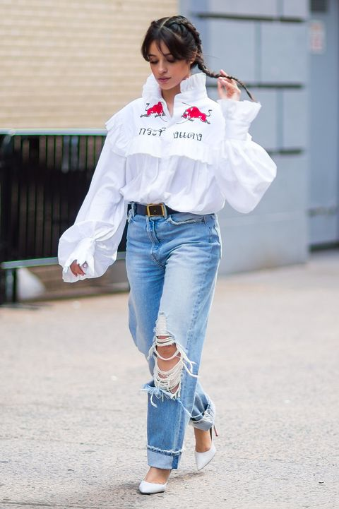 Jeans, Denim, White, Clothing, Street fashion, Blue, Fashion, Snapshot, Shoulder, Sleeve,