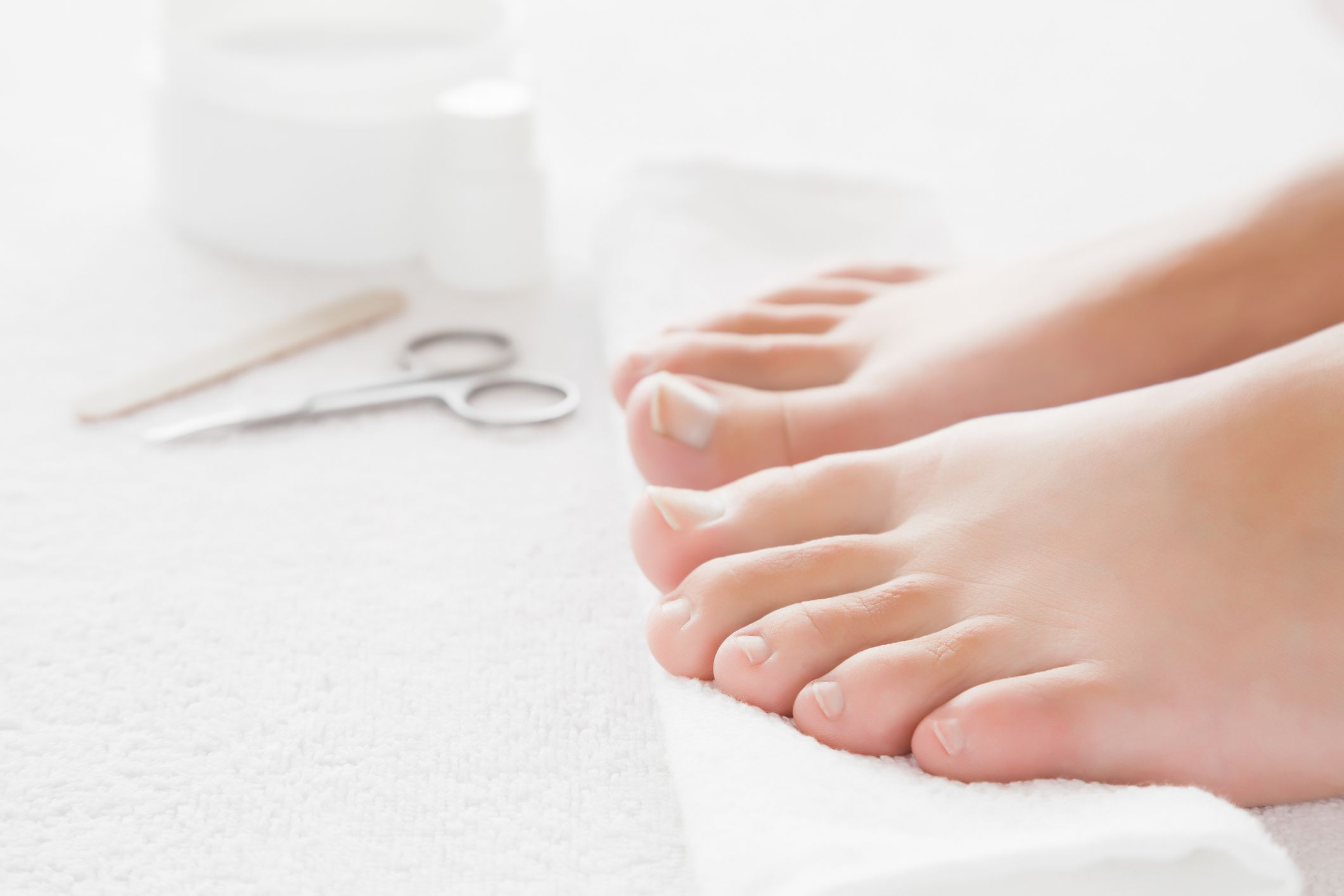 Fungal nail infection treatment tips