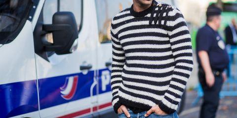 Blue, Sleeve, Denim, Sweater, Street fashion, Fashion, Electric blue, Cobalt blue, Public transport, Wool,