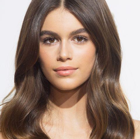 Hair, Face, Hairstyle, Eyebrow, Chin, Lip, Skin, Beauty, Cheek, Layered hair,
